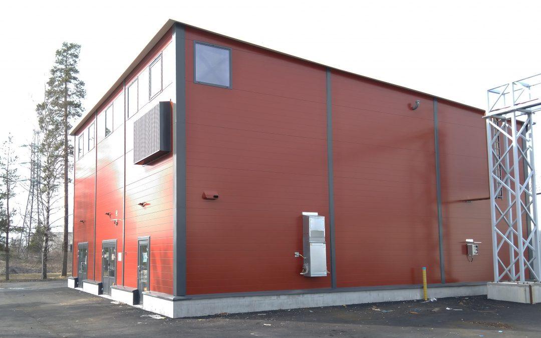 Kohti hiilineutraalia lämmöntuotantoa – Rejlers toteutti Lappeenrannan Lämpövoimalle uuden kaukolämmön vara- ja huippukäyttölaitoksen
